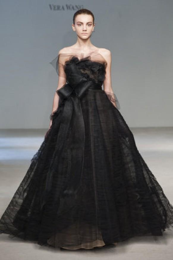 Vera wang modern black wedding dresses extraordinary wedding vera wang modern black wedding dresses extraordinary wedding dresses 794980 weddbook junglespirit Images